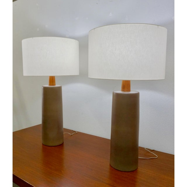 Mid-Century Modern 1950s Tall Ceramic Lamps by Gordon Martz - a Pair For Sale - Image 3 of 8