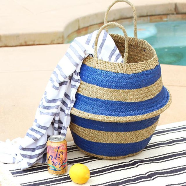 Handwoven straw basket made in Bali. This bag is not only a piece of eye-candy but also very reliable and durable. It is...