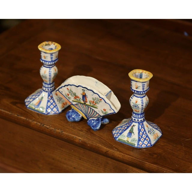 Ceramic Mid-20th Century French Henriot Quimper Pair of Candlesicks With Matching Vase For Sale - Image 7 of 13