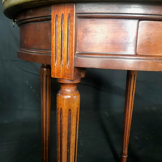 French Louis XVI Style Marble Top and Walnut Bouillotte Side Table For Sale In Portland, ME - Image 6 of 13