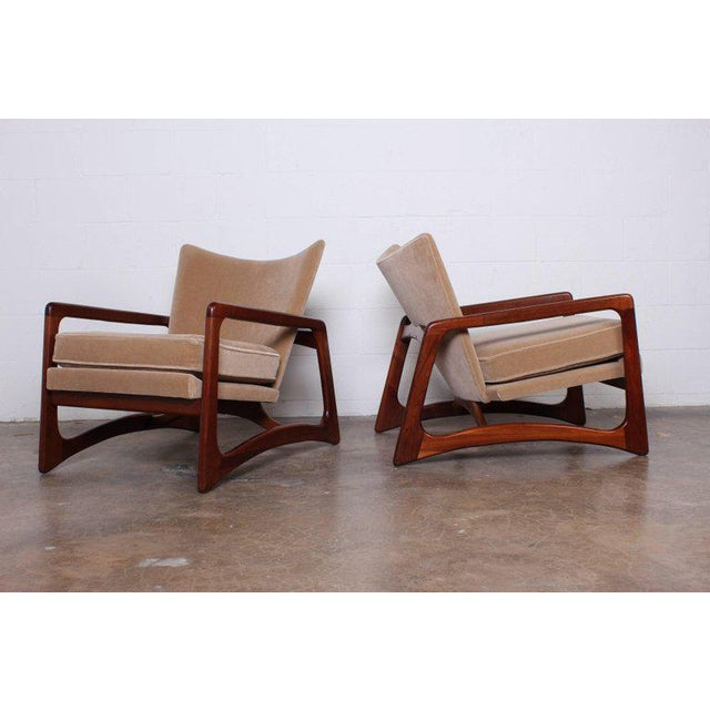 Mid-Century Modern Pair of Lounge Chairs by Adrian Pearsall For Sale - Image 3 of 11