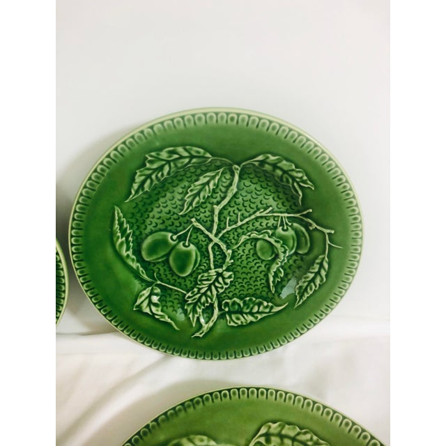 Late 20th Century Bordallo Pinherio Fruit Pattern Salad Plates - Set of 4 For Sale - Image 5 of 8