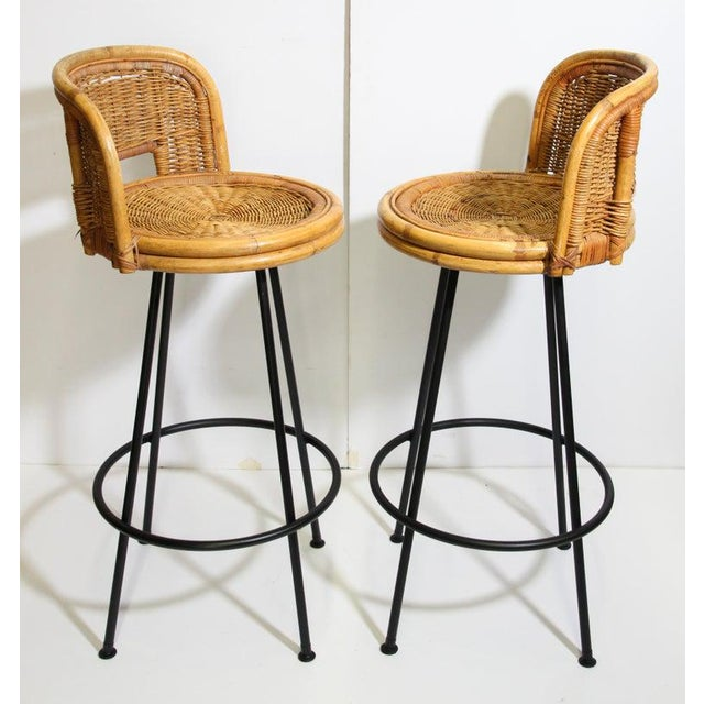 Boho Chic Vintage 1960s Swivel Woven Rattan Bar Stools - a Pair For Sale - Image 3 of 13