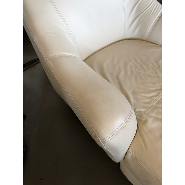 1980s Vintage Calia Italia Italian Cream Leather Chaise For Sale - Image 11 of 13