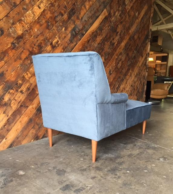 Mid Century Reupholstered Tufted Extended Lounge Chair   Image 6 Of 7