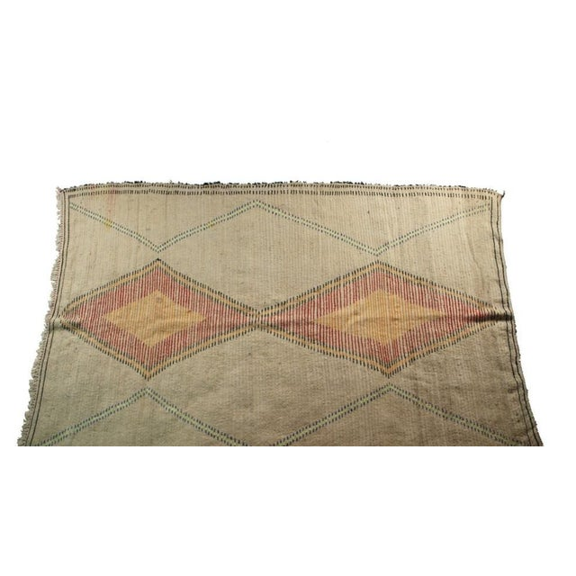 "Boho Chic Moroccan Vintage Beni Ouarain Rug - 5'9""x8'8"" For Sale - Image 3 of 4"