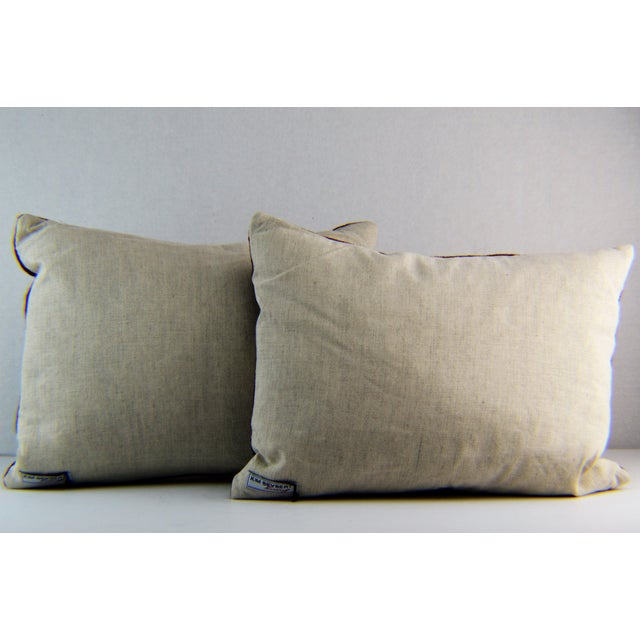 Kim Seybert Crewel Embroidered Throw Pillows - A Pair For Sale - Image 4 of 5