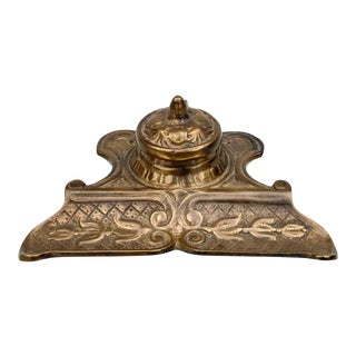 Vintage Victorian Gilded Brass Inkwell Fountain Pen Stand For Sale
