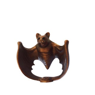 Japanese Quality Signed Netsuke Carving of a Bat For Sale