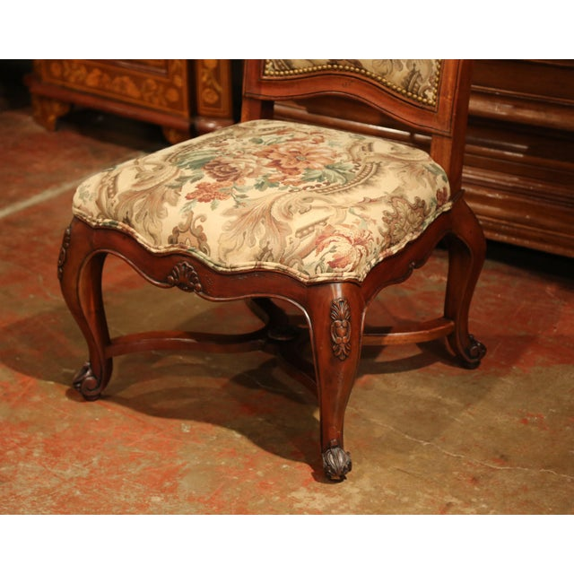 Fruitwood French Carved Walnut and Fruitwood Dining Chairs and Armchairs - Set of 8 For Sale - Image 7 of 13