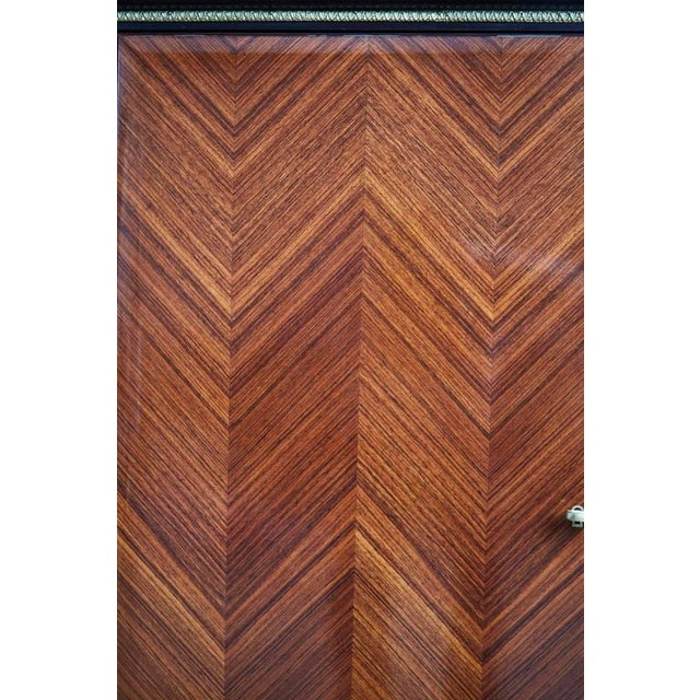 Brown 1950s Paolo Buffa Chevron Parquetry Italian Rosewood Buffet For Sale - Image 8 of 9