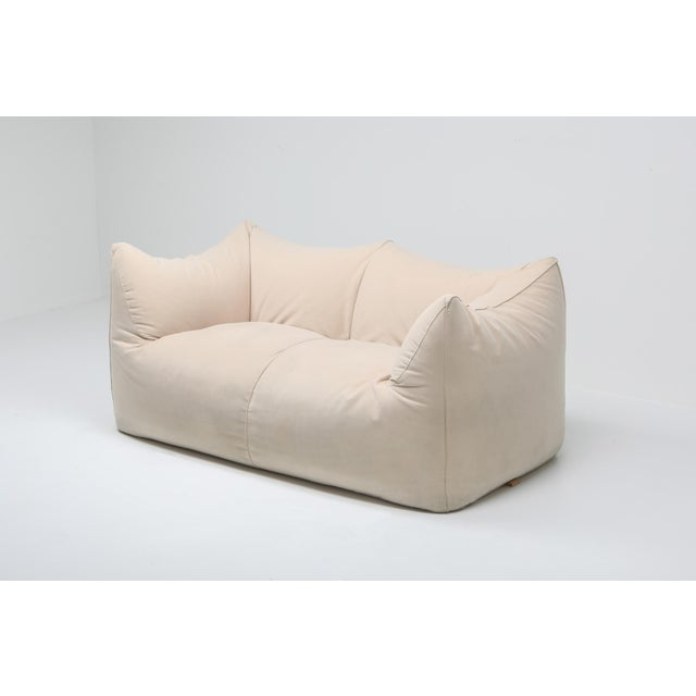 "1990s 1970s Mario Bellini ""Le Bambole"" Two-Seat Couch in Alcantara For Sale - Image 5 of 11"