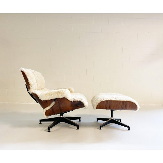 Charles and Ray Eames 670 Lounge Chair and 671 Ottoman in California Sheepskin For Sale - Image 13 of 13