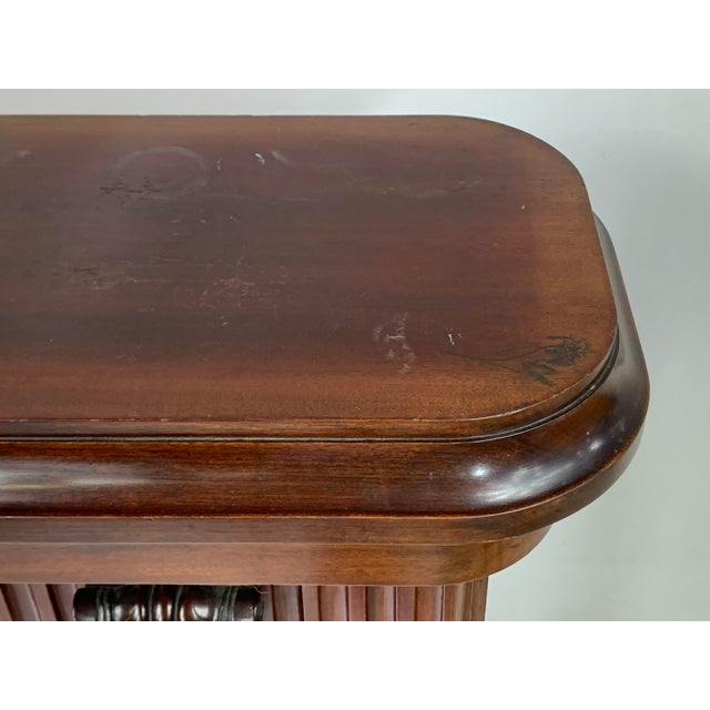 1870s Victorian Carved Mahogany Pedestal For Sale In New York - Image 6 of 13