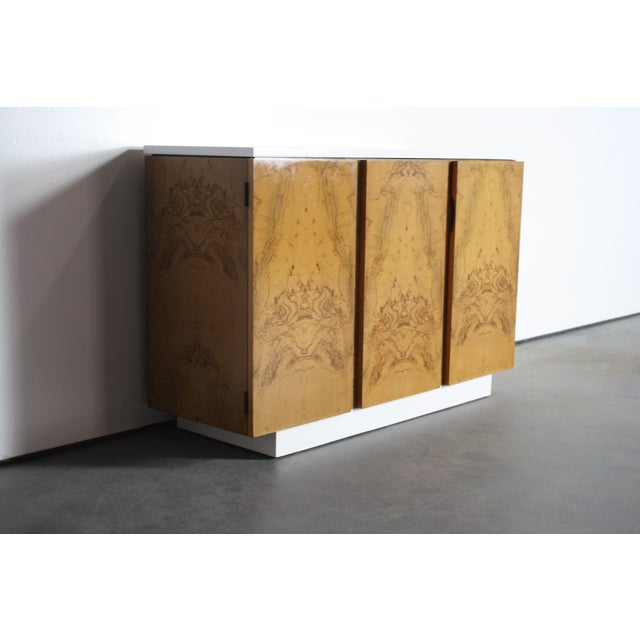 Milo Baughman Burl Wood 2-Tone Credenza Buffet For Sale - Image 10 of 11