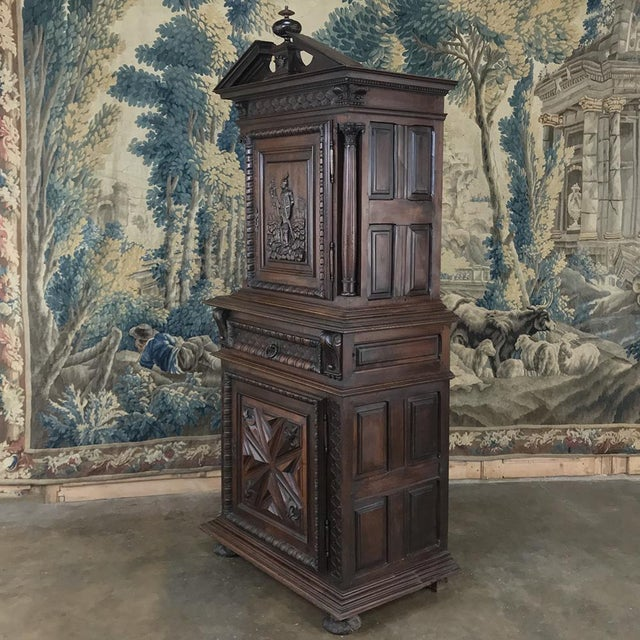 Brown 19th Century Louis XIII French Walnut Two-Tiered Cabinet For Sale - Image 8 of 13