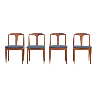 "Danish Modern ""Juliane"" Teak Dining Chairs by Johannes Andersen for Uldum Mobel Fabrik – Set of 4 For Sale"