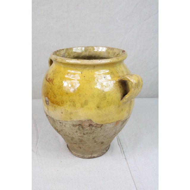 French Late 19th Century Yellow Glazed French Confit Pot For Sale - Image 3 of 9