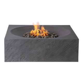 PyroMania Paloma Fire Pit Table - Charcoal Color, Natural Gas For Sale