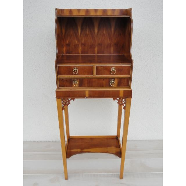 This adorable small Baker piece would make a perfect fit for an entryway or any corner of the home. It has three drawers...