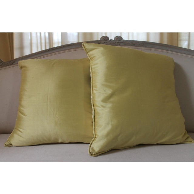 This is Designers Guild Rosmond pattern ( that has been discontinued) pillows the pattern is beautifully painterly wit a...