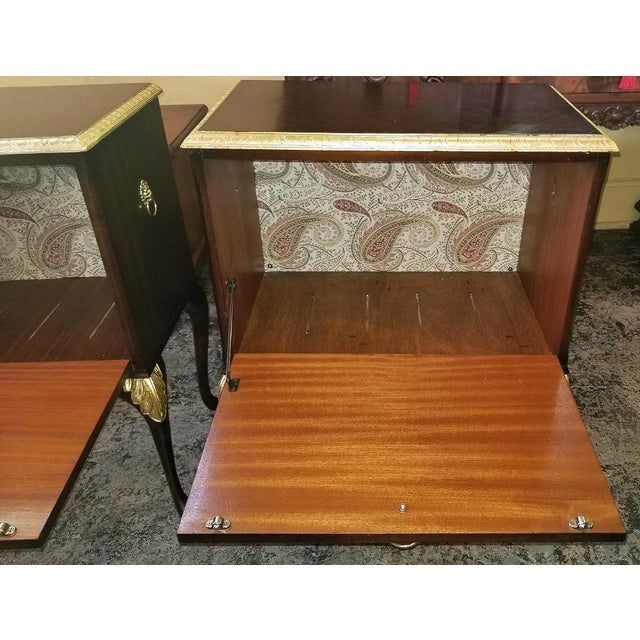 Early 20th Century Chippendale Mahogany With Gilt Accents Side Tables / Nightstands - a Pair For Sale - Image 5 of 13