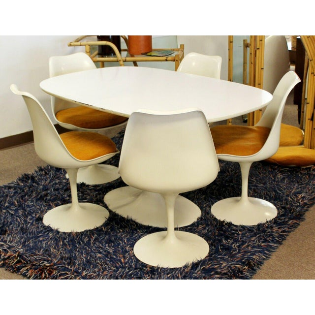 Mid Century Modern Eero Saarinen for Knoll Set 5 Tulip Side Dining Chairs 1960s For Sale In Detroit - Image 6 of 10