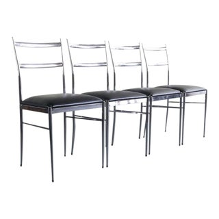 Italian Modern Dining Chairs in the Manner of Gio Ponti Italy - Set of 4 For Sale