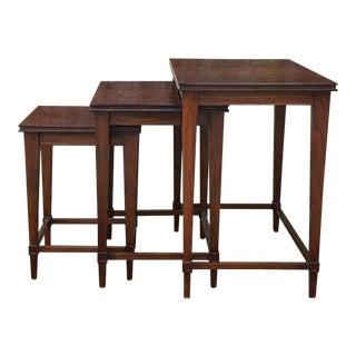British Khaki Traditional Mahogany Nesting Tables - Set of 3 For Sale