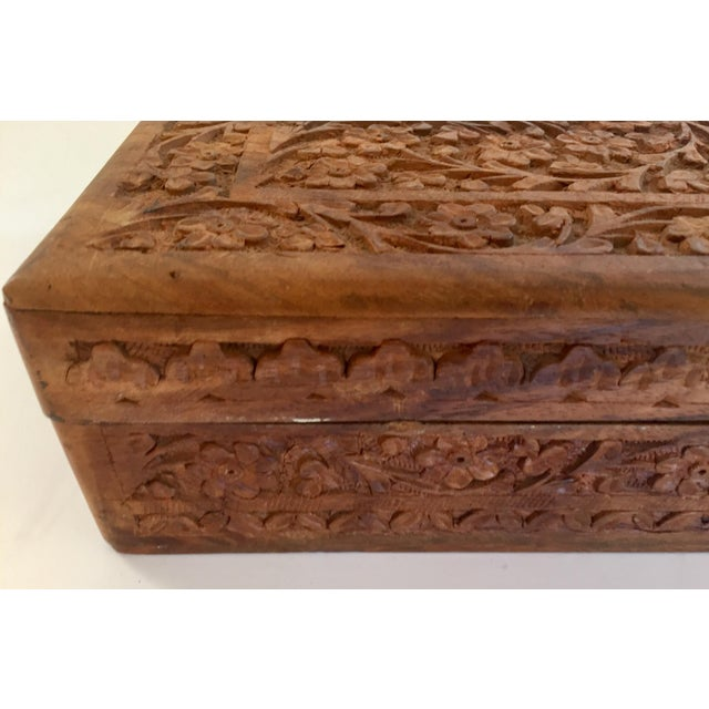Early 20th Century Anglo Raj Hand-Carved Wooden Decorative Jewelry Box For Sale - Image 11 of 13