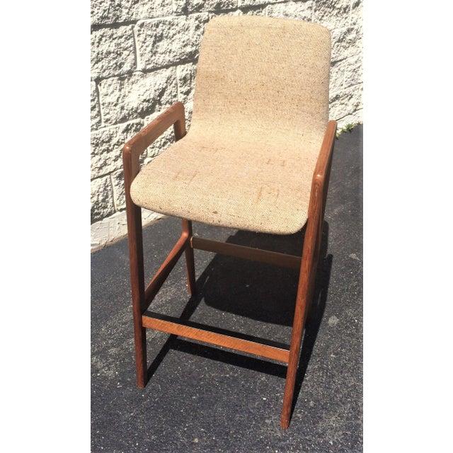 A lovely vintage Danish mid century modern bar stool in Teak. Hand made by Tarm Stole OG Mobelfabrik in Denmark, this...