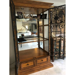 Drexel Heritage Large Illuminated Display Cabinet Preview