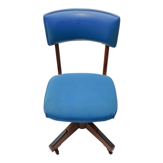 Mid-Century Gunlocke Office Chair - Image 1 of 11