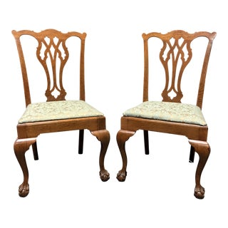 Vintage Quartersawn Tiger Oak Chippendale Ball in Claw Dining Accent Side Chairs - Pair