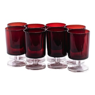 Medium French Luminarc Red Glasses - Set of 8 For Sale