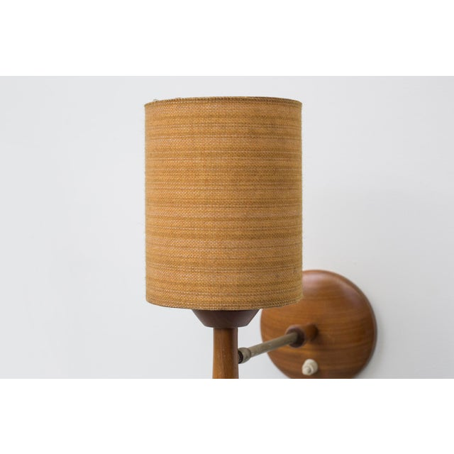 Mid-Century Teak and Brass Wall Lamp - Image 5 of 11