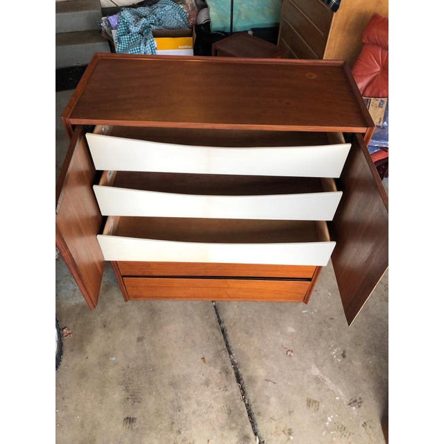 Wood Mid-Century Modern 6-Drawer Dillingham Highboy Dresser by Merton Gershun For Sale - Image 7 of 10