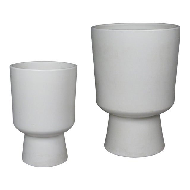 1960s Chalice Planters by Malcolm Leland for Architectural Pottery - a Pair For Sale