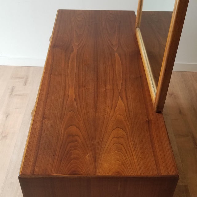 Mid-Century Modern 1960s Lane Perception Four Drawer Dresser With Mirror For Sale - Image 3 of 13