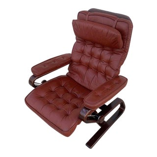 1970s Mid-Century Norwegian Leather Full Recliner Lounge Chair For Sale