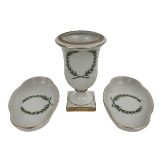 Porcelain Cigarette Holder and Ashtrays Set For Sale