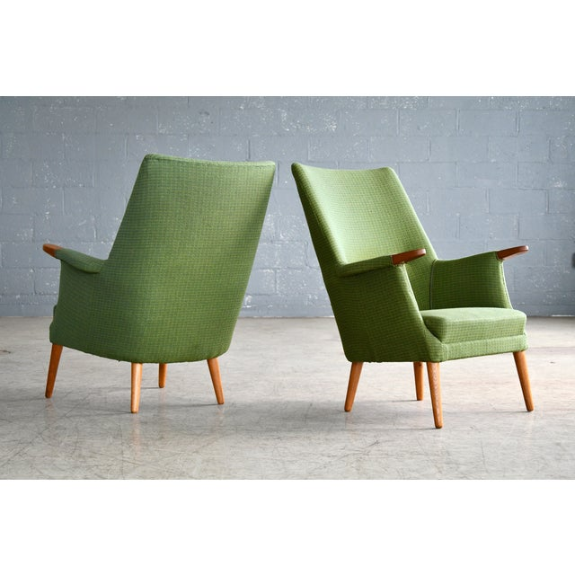 Very charming 1960s pair of lounge chairs in the style of Hans Wegner's mama bear chair designed by Poul M Jessen for PMJ...
