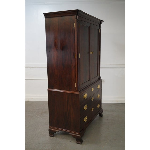 stickley colonial williamsburg collection armoire chairish. Black Bedroom Furniture Sets. Home Design Ideas