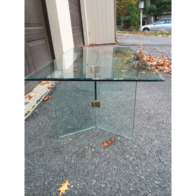 Mid-Century Modern Pace glass coffee table with brass brackets For Sale - Image 3 of 5