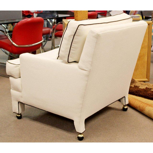 Mid-Century Modern Large White with Brown Trim Lounge Armchair For Sale In Detroit - Image 6 of 8