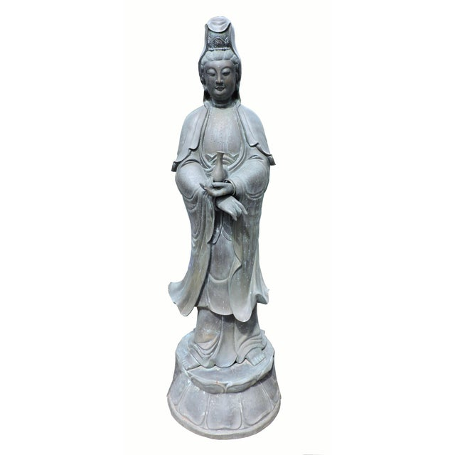 Immaculate Bronze Statue of Quan Yin, the Goddess of Mercy and Compassion For Sale - Image 9 of 9