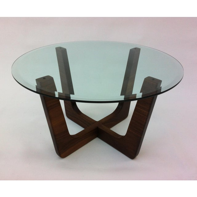 """Mid Century Modern Round Coffee Tables: 28"""" Round Glass Top Mid-Century Modern Coffee Table"""