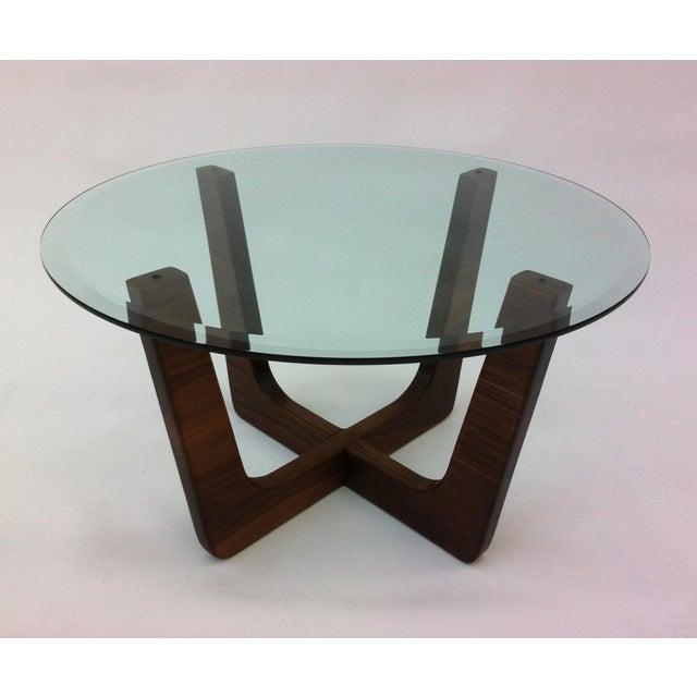 "Round Mid Century Modern Coffee Table: 28"" Round Glass Top Mid-Century Modern Coffee Table"