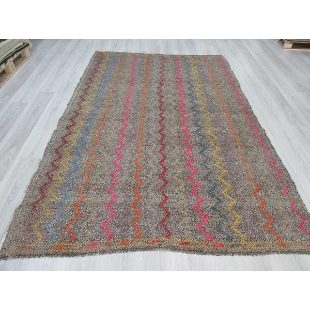 Vintage Turkish Kilim Embroidered Decorative Rug - 6′2″ × 9′3″ For Sale - Image 4 of 6