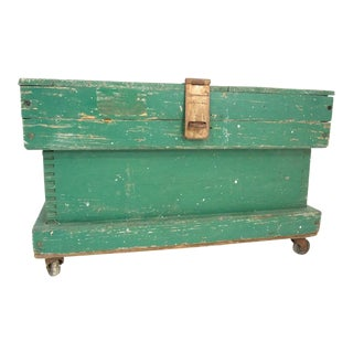 Early 20th Century Antique Green Toolbox For Sale